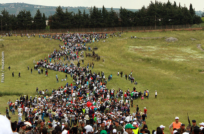 Photo of refugees marching to Lebanon-Israel border. Photo by Mozzoom.