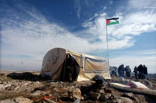 Palestinians land grap resistance